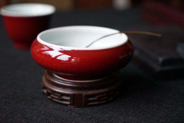 祭红釉水盂